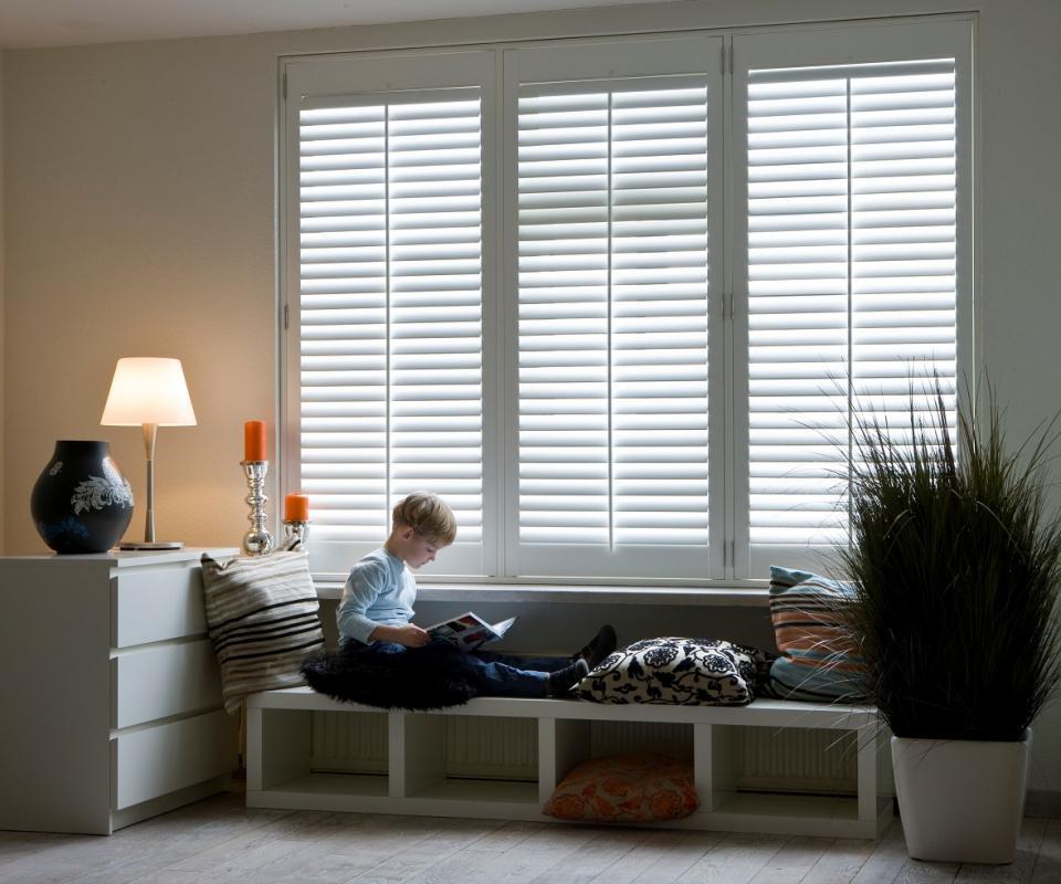 kindveiligheid en raamdecoratie | Raamidee